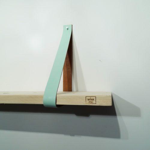 wandplank met leren plankdragers mint