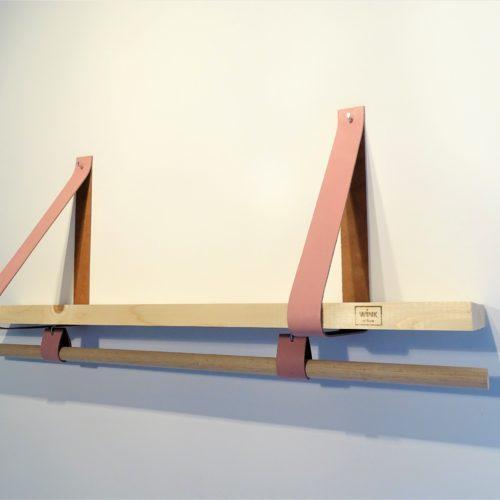 Wandplank met leren banden en roede roze